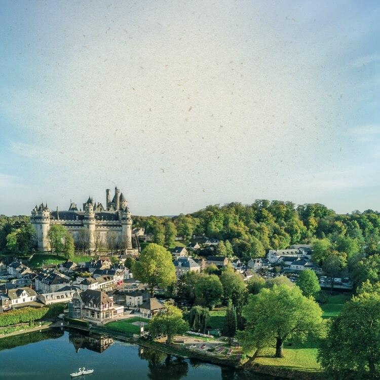Chateau de Pierrefond en picardie